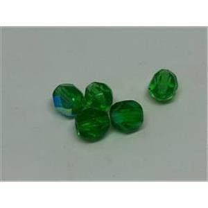 5 Glasschliffperlen grün AB