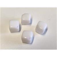 4  Glasperlen Glaswürfel
