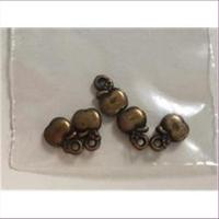12 Anhänger Perlen