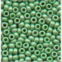 18gr.  Rocailles matt hellgrün