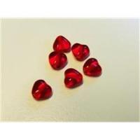 6  Glasperlen Herzen rot