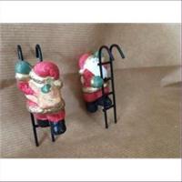 1 Dekofigur Santa Hänger mit Leiter