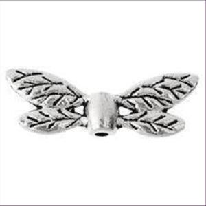 1 Flügelperle  Metall 22x8mm silberfarbig