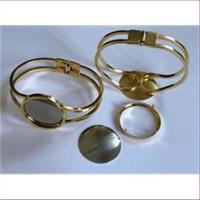 1 Armspange für Seidenmalerei goldfarbig
