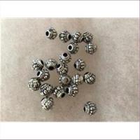10 Acrylperlen Antik-Look altsilber