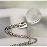 1 Halskette mit Anhänger Glaskugel WISH Pusteblume