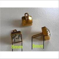 10 Knopfteile Knöpfe 8x8mm cristall