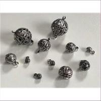 20 Filigranperlen mit 1 Öse 4mm antiksilber