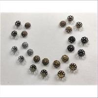 20 Perlkappen Blumenform 6,8mm