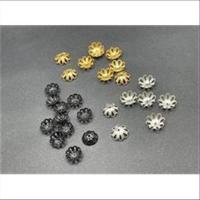 100 (= 20gr.)  Perlkappen Blumenform 8,7mm schwarz