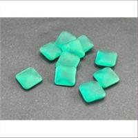 10 Bastelsteine quadratisch 11x11mm grün matt
